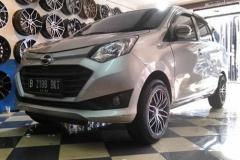 DAIHATSU-SIGRA-OZ-R15X7.0-PCD-4X100-1143-ET-38-Black-Polish-GT-Radial-Champiro-Eco-185-65-R15