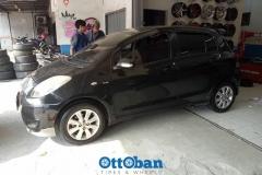 TOYOTA-YARIS-Ban-GT-Radial-Eco-185-60-R15