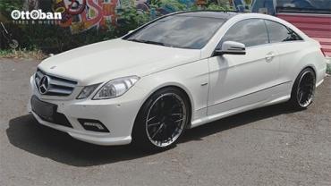 Modifikasi Mercedes-Benz E250 Pakai Velg Puluhan Juta!